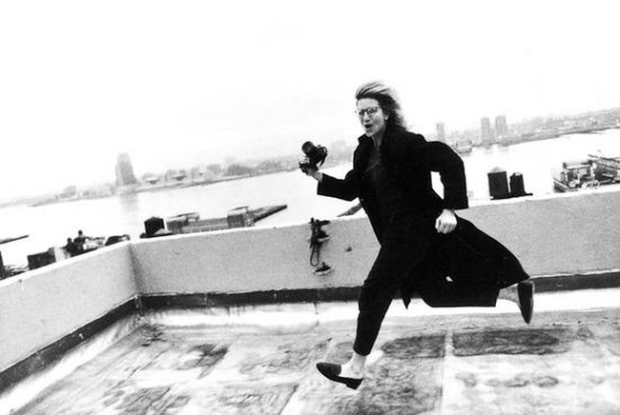 Annie Leibovitz, Self-portrait. 1985.