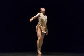`Grand Finale´, de Haruka Watanabe (Japón). Premio del jurado y del público en el certamen de solos. © Jesús Robisco