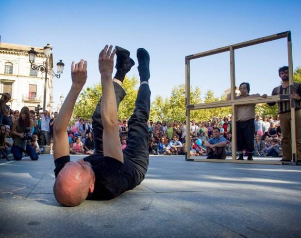 `En Vano´, de Arturo Parrilla-Incubo Teatro/Danza Mobile, en Puerta Jerez. © Luis Castilla