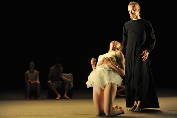 `Last work´ Batsheva Dance Company. © Gadi Dagon